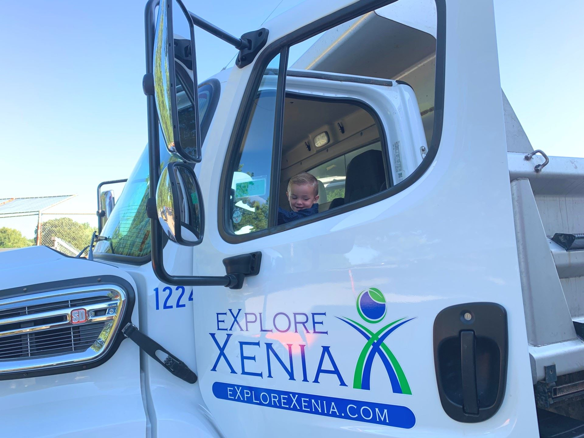 Xenia Preschoolers meet Public Service workers to tour trucks